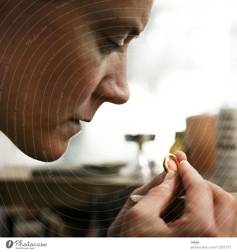 Goldsmiths 2 Work and employment Profession Craftsperson Craftsman Arts and crafts  Craft (trade) Woman Adults Life Face Hand 1 Human being 30 - 45 years Ring