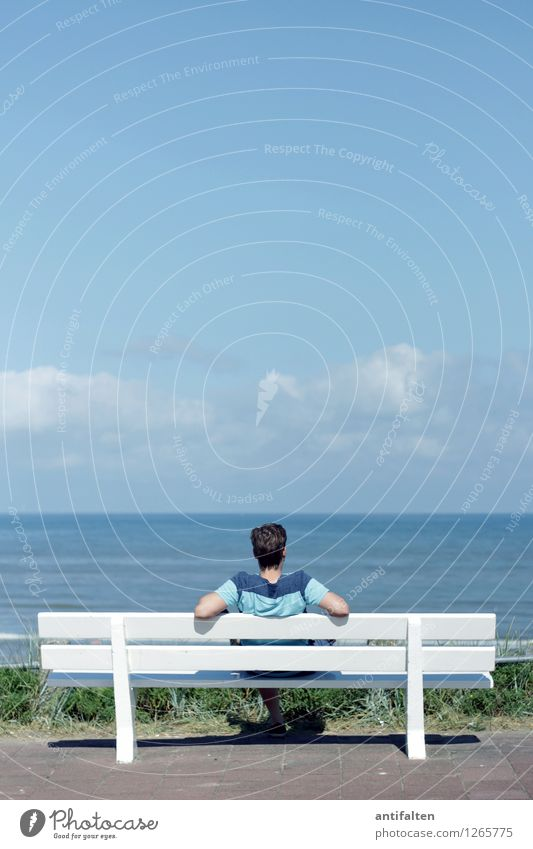 Human being Sky Vacation & Travel Man Summer Water Sun Relaxation Ocean Clouds Beach Adults Hair and hairstyles Freedom Head Horizon