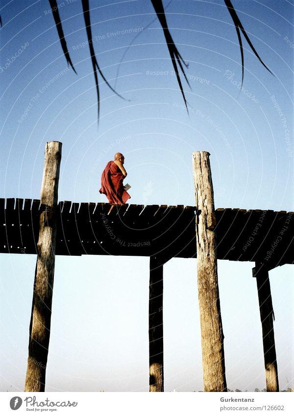 Buddha's Path Myanmar Mandalay Teak Wood Wooden bridge Asia Plank Monk's habit Buddhism Bridge u-leg taunghtaman Pole Sky Death's head