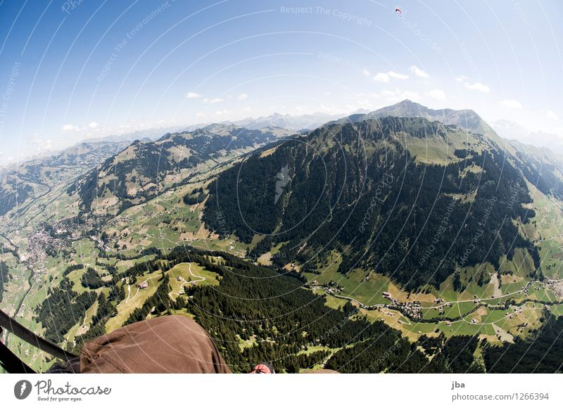 ridge of water Lifestyle Well-being Contentment Relaxation Calm Leisure and hobbies Trip Far-off places Freedom Summer Mountain Sports Paragliding Paraglider