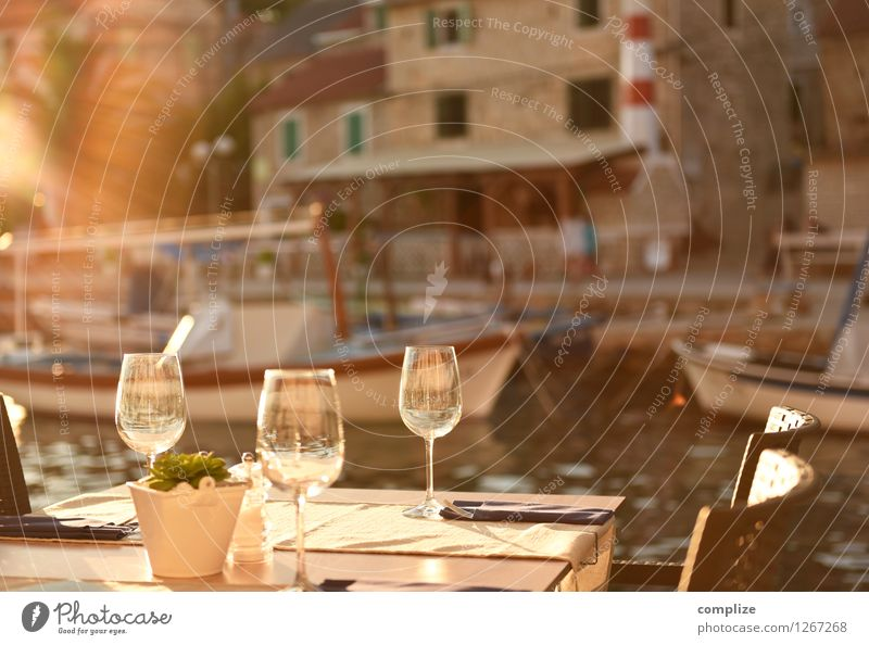 Vacation & Travel Summer Sun Ocean House (Residential Structure) Eating Feasts & Celebrations Food Tourism Idyll Glass Nutrition Table Beverage Gastronomy