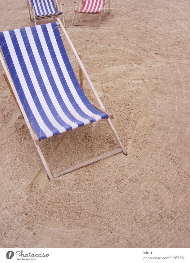 REST SEAT FOUR. Ocean bank Lake proximity minimum distance Beach keep sb./sth. apart Couch Deckchair Relaxation Break Summer Seating Dream Boredom