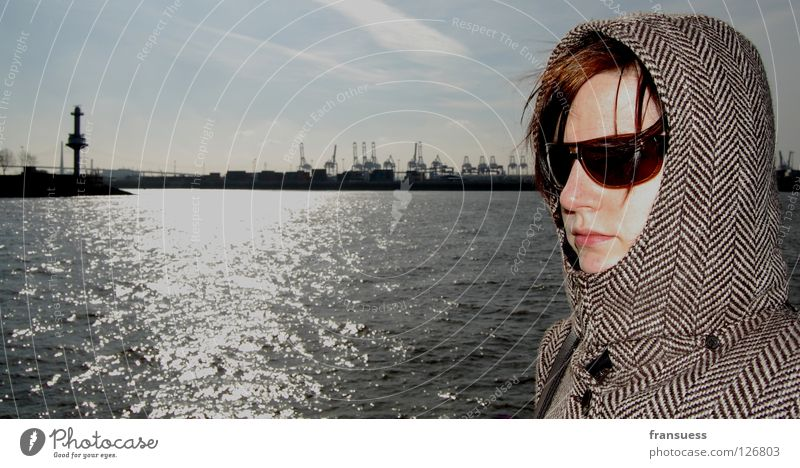 nothing in common Woman Gale Sunglasses Concentrate Motionless Hooded (clothing) Cap Coat Concealed Mysterious Human being Closed Wind Harbour Hamburg Water
