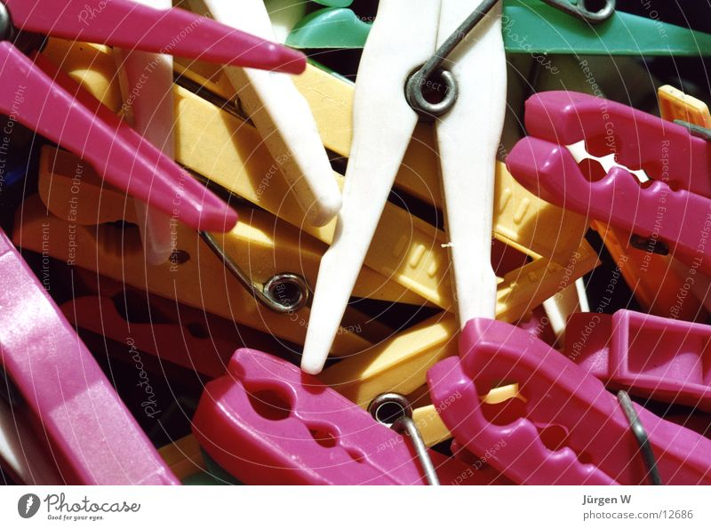 muddle Clothes peg Multicoloured Muddled White Pink Yellow Green Close-up Living or residing laundry clip multicolored in disorder