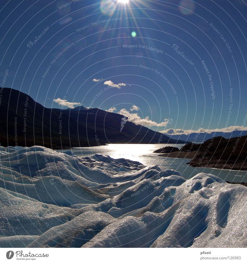¡Esto es un paraíso¡ Sun Sunbeam Radiation Back-light Light Morning Clouds Waves Lake Ocean Coast Glacier Wilderness Summer Argentina Vacation & Travel Calm