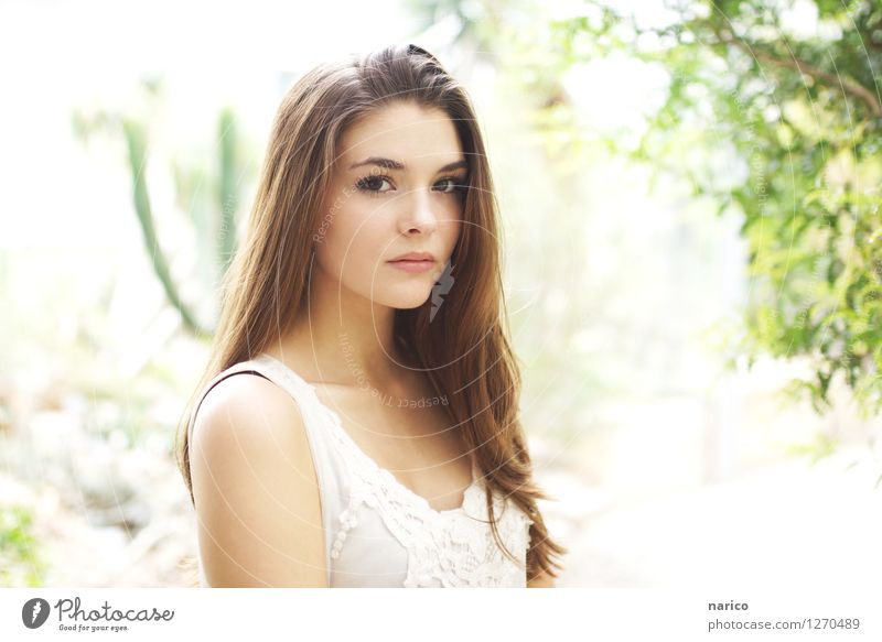 Human being Youth (Young adults) Beautiful Young woman White 18 - 30 years Adults Feminine Brown Esthetic Observe Brunette Long-haired Part Doe eyes