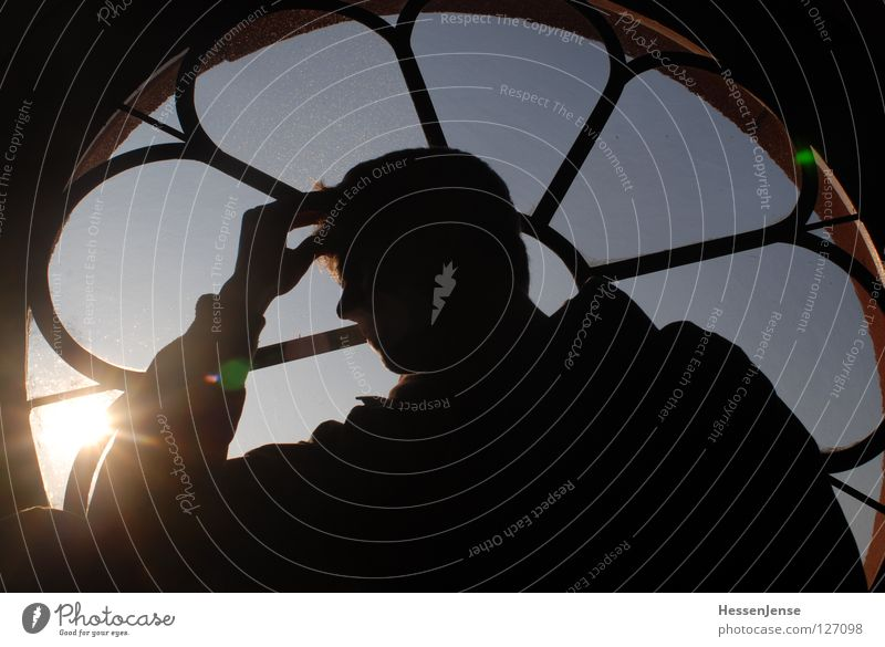 Man Hand Sky Sun Window Head Religion and faith Hope Round Concentrate Senses Moral