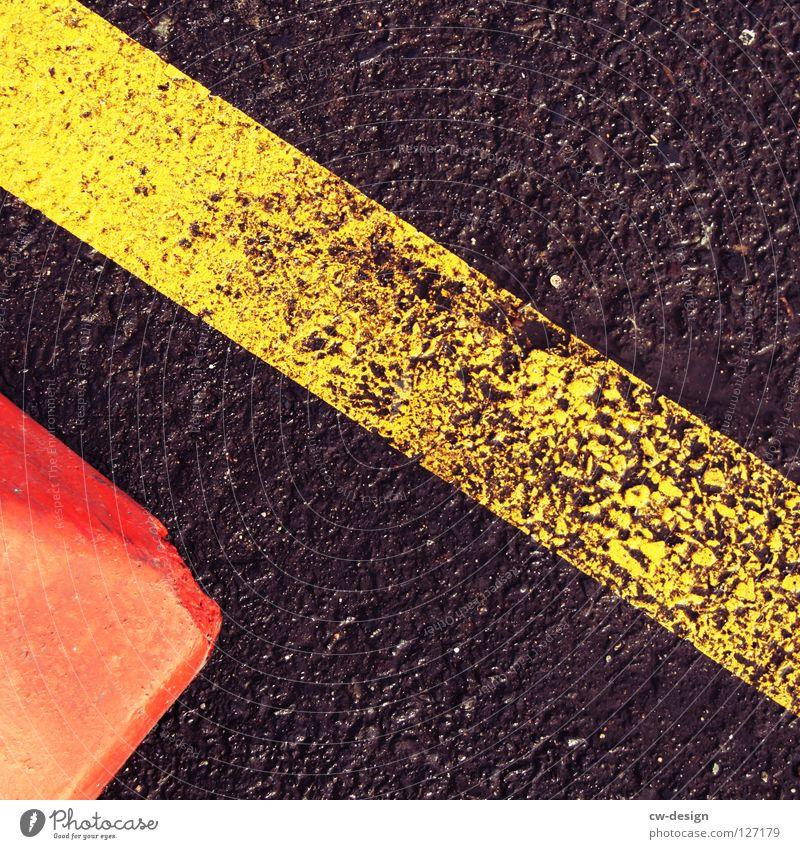 blackish-red yellow Doomed Wet Dry Damp Rain Footprint Skid marks Pattern Stripe Linearity Flat Square Mathematics Dark Black White Red Yellow Brown Beige Gray