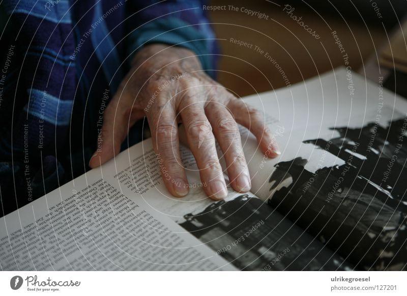 Grandfather's Hand Senior citizen War Repression Interior shot Peace Indicate read book Care of the elderly