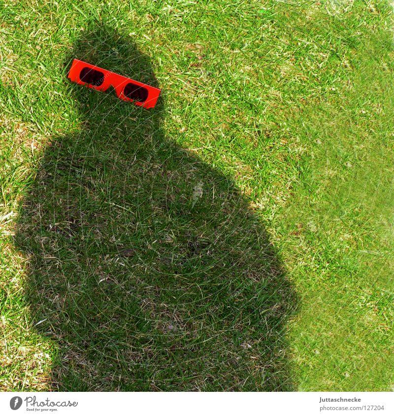 Mr. Bojangles feat. Kalle :-)) Shadow Eyeglasses Silhouette Red Sunglasses Grass Green Joy Obscure Garden the black man Juttas snail Joke