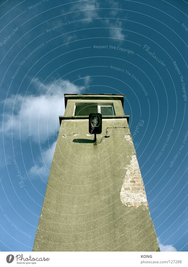Sky House (Residential Structure) Loneliness Lamp Line Concrete Large Tall Perspective Might Tower Middle Derelict Decline Upward Watchfulness