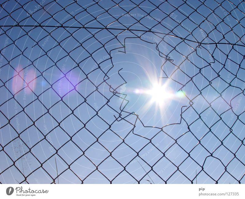 Sky Sun Blue Freedom Bright Lighting Fear Empty Safety Open Broken Peace Net Politics and state Climbing