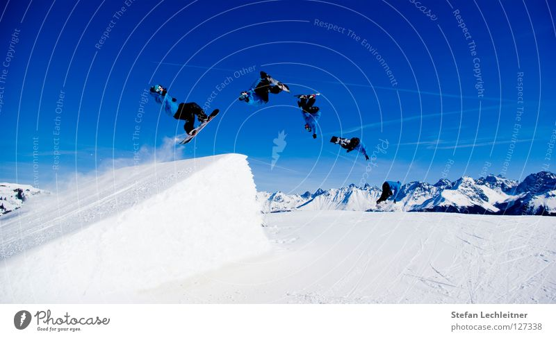 Beautiful Joy Winter Mountain Background picture Freedom Flying Jump Leisure and hobbies Large Tall Shows Alps Snowcapped peak Risk Panorama (Format)