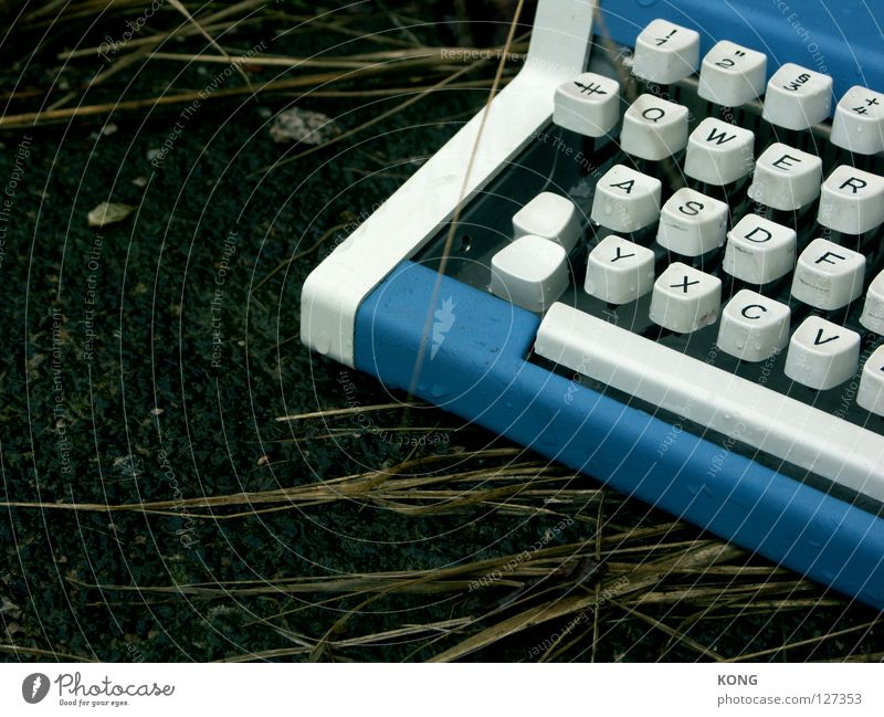 Loneliness Characters Industry Gloomy Letters (alphabet) Asphalt Touch Keyboard Doomed Forget In transit Typewriter Stationery Writing utensil Blue-white