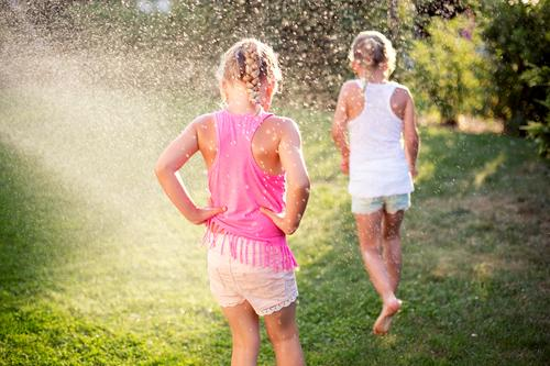 so must summer !!!!! Human being Feminine Child Girl Brothers and sisters Sister Family & Relations Infancy 2 3 - 8 years Environment Nature Water