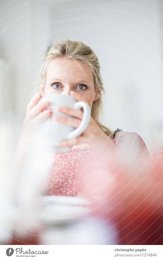 Tea with Bokeh 3 Meditative Shallow depth of field Drinking Breakfast Interior shot Blonde Woman 1 Person Cup Living room Bright To hold on Coffee Coffee cup
