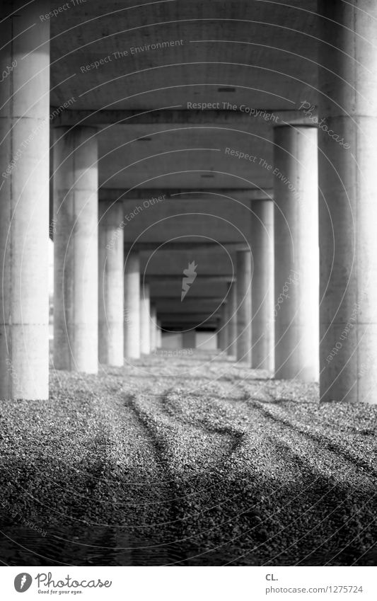 Far-off places Architecture Lanes & trails Stone Perspective Bridge Target Manmade structures Column Gravel Stability
