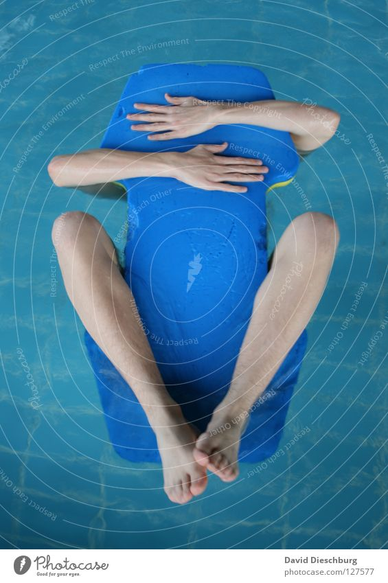 My new best friend Swimming & Bathing Swimming pool Surface of water Float in the water Water wings Man's arm Men's leg 1 Person Individual Anonymous