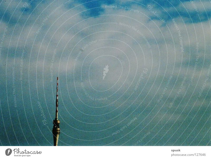 tour of the vision of the télévision Clouds White Sunday Deserted Landmark Monument Sky Blue Beautiful weather vernally Calm tall jutting Television tower