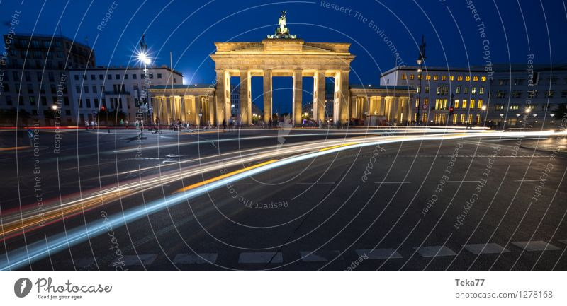 Berlin Evening III Vacation & Travel Sightseeing Night life Human being Brandenburg Gate Germany Facade Adventure Esthetic Contentment Exterior shot Deserted