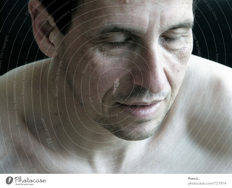 blink of an eye Man Shoulder Pallid Portrait photograph Naked 50 plus Calm Attractive Eyelash Closed Facial hair Fatigue Human being Neck Fiber Face potrait