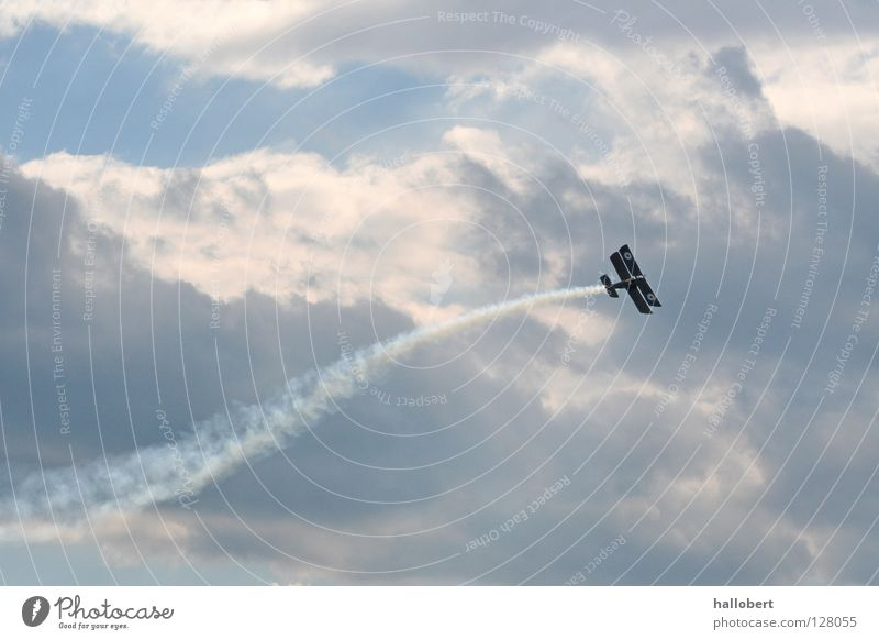 Sky Airplane Aviation Attack Airfield Gliding Air show Sailplane Double-decker bus Gliding field
