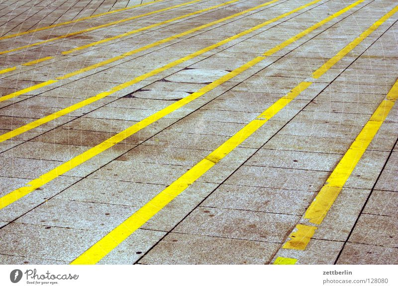levels Stripe Colour Guide Central perspective Vanishing point Places Neue Mitte Traffic infrastructure Club Stairs Signs and labeling fan-shaped Perspective