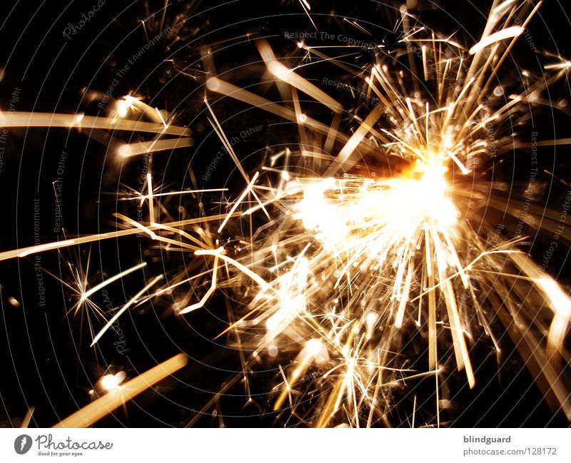 5000 ... Childrens birthsday New Year's Eve Concert Blues Hot Dangerous Physics Wonder Candle Sparkler Cigar Spray China Blaze Barium nitrate Flour