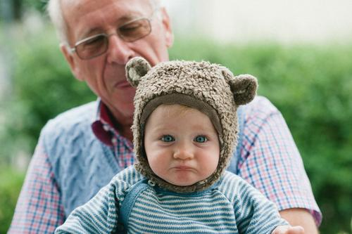 Sad bear Human being Child Baby Toddler Man Adults Male senior Grandparents Senior citizen Grandfather Family & Relations Infancy Life 2 1 - 3 years
