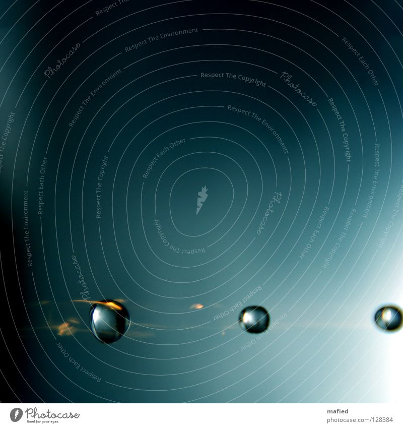 Water Blue Black Yellow Gray Blaze Drops of water Speed Lawn To fall Universe Steel Tails Glow Celestial bodies and the universe Meteor