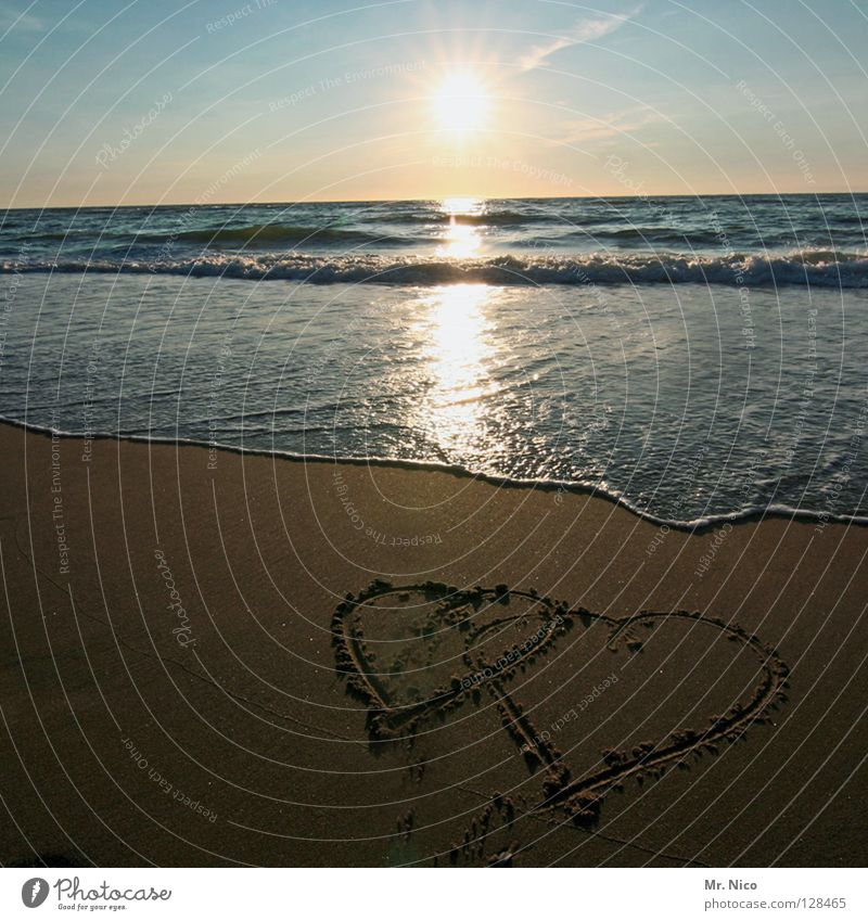 2Hearts Love Together Connectedness Painted Beach Romance Vacation & Travel Vacation romance Relationship Back-light Sunset Light Radiation Lighting Ocean Waves