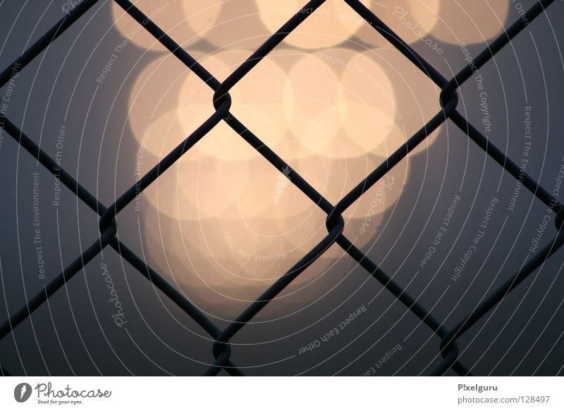 Airport 3 Beacon Fog Fence Wire netting fence Horizon shambles of emotion low flying