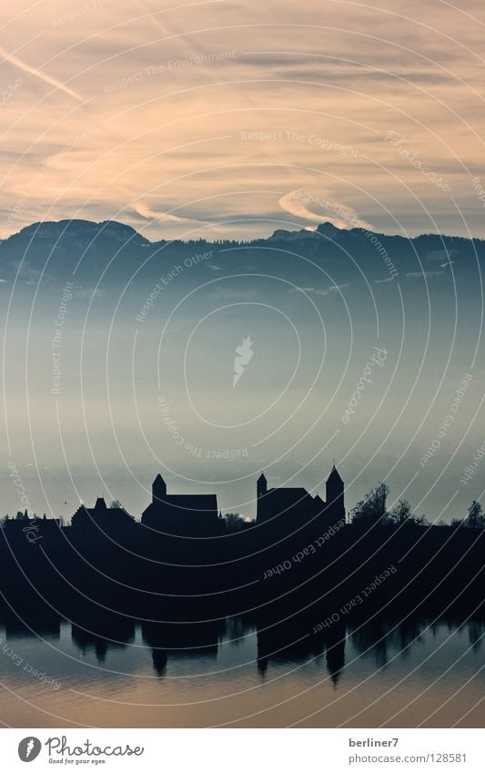 Sky Sun City Moody Fog Switzerland Alps Castle Celestial bodies and the universe Mountain Zurich Lake zurich
