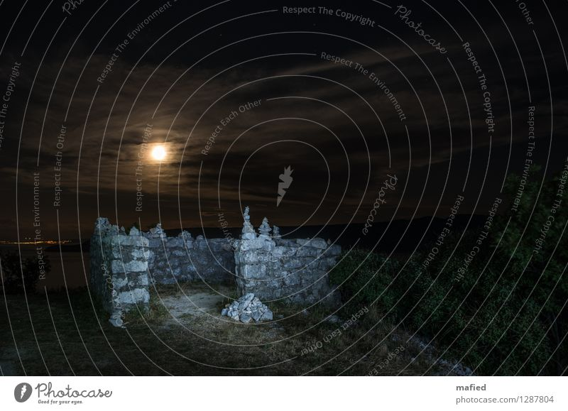 shell Night sky Moon Full  moon Summer Coast Croatia Village Ruin Manmade structures Wall (barrier) Wall (building) Stone Brown Gray Green Transience