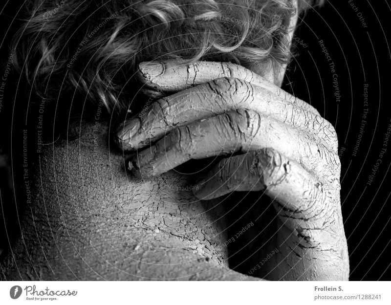 skin and hair Masculine Man Adults Skin Hair and hairstyles Hand Fingers Neck Nape Wrinkle Curl 1 Human being 45 - 60 years Gray-haired Crack & Rip & Tear Touch