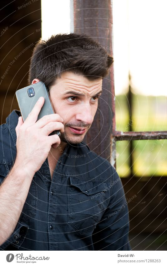 confess Human being Masculine Young man Youth (Young adults) Man Adults Life 18 - 30 years Brunette Designer stubble Think Argument To call someone (telephone)