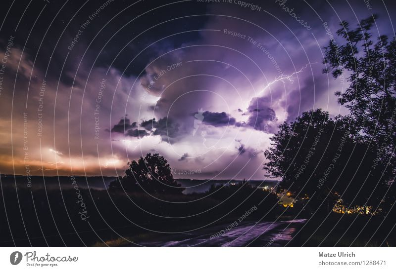 Starlit flashes Landscape Sky Clouds Storm clouds Weather Bad weather Thunder and lightning Lightning Hill Aggression Threat Dark Gigantic Creepy Bright Cold