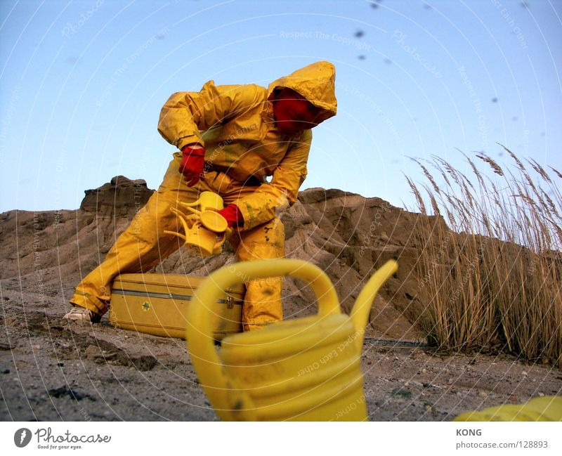 I can give you ! Watering can Mars Suit Jug Yellow Working clothes Futile Gray-yellow Light brown Workwear Yolk 9 Absurd Hill Earth Protective clothing Pile up
