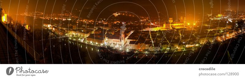City House (Residential Structure) Dark Mountain Lighting Flat (apartment) Large Panorama (Format) Border Curve Dome City hall Monastery Inn Danube Passau