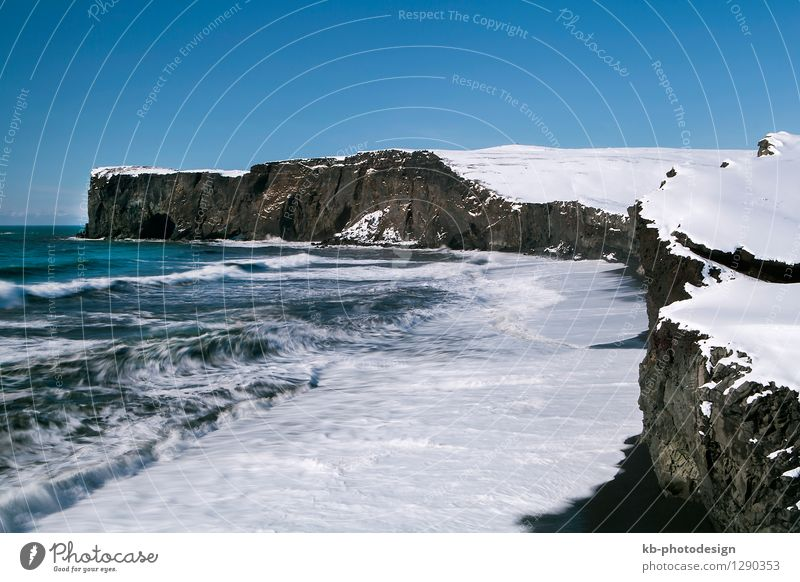 Peninsula Dyrhólaey in south Iceland Vacation & Travel Tourism Adventure Far-off places Winter Winter vacation Rock Mountain Peak Bay Ocean mountains