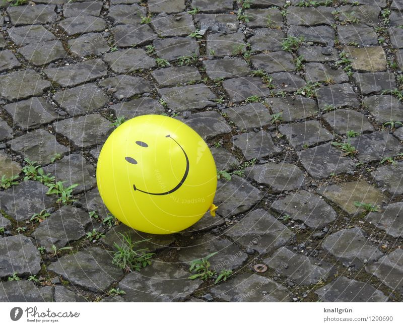 have a nice day Balloon Communicate Lie Friendliness Happiness Funny Round Yellow Gray Emotions Moody Joy Optimism Infancy Cobblestones Smiley Colour photo