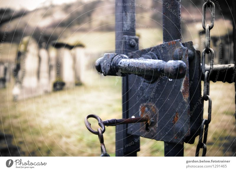 THE LAST WAY Illness Intoxicant Rust Lock Key Dark Gloomy Gray Safety Religion and faith Death Sadness Divide Cemetery Colour photo Exterior shot Deserted