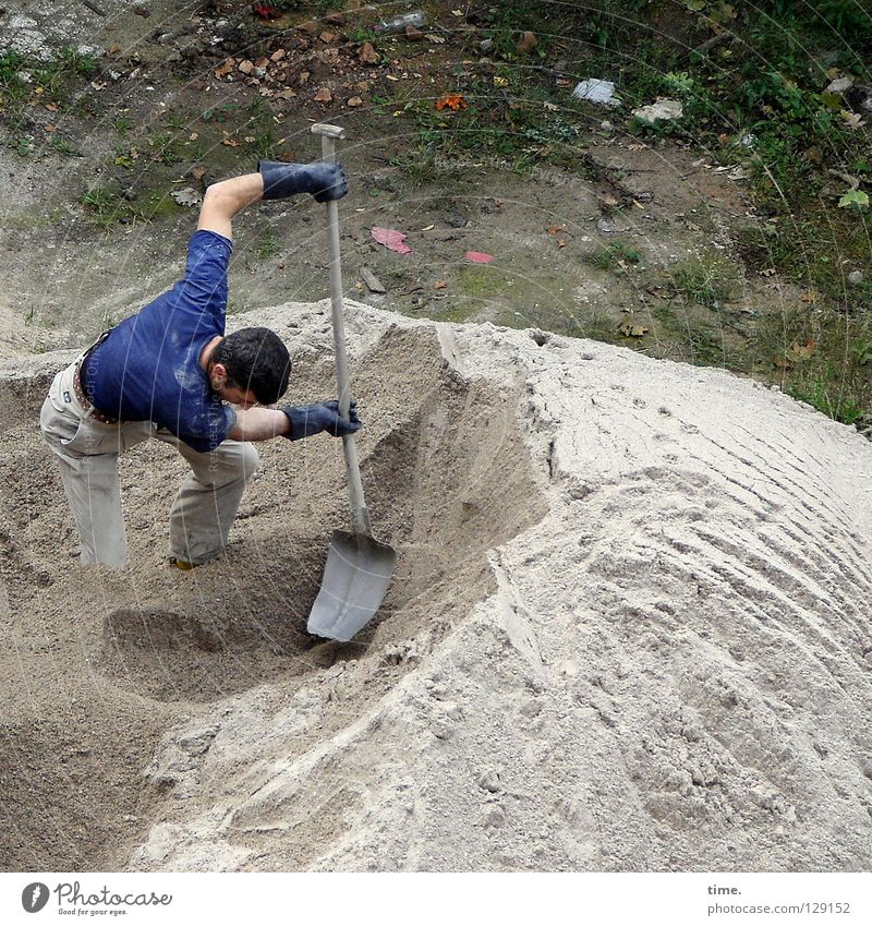 PowerKeuler Work and employment Construction site Dune Shovel Craft (trade) Masculine Man Adults 1 Human being Sand Gloves Build Muscular Concentrate