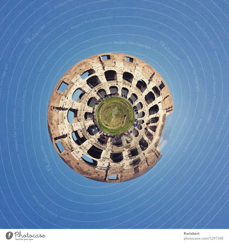 snail shell Lifestyle Vacation & Travel Tourism Sightseeing Human being Group Crowd of people Art Work of art Architecture Town Capital city Manmade structures