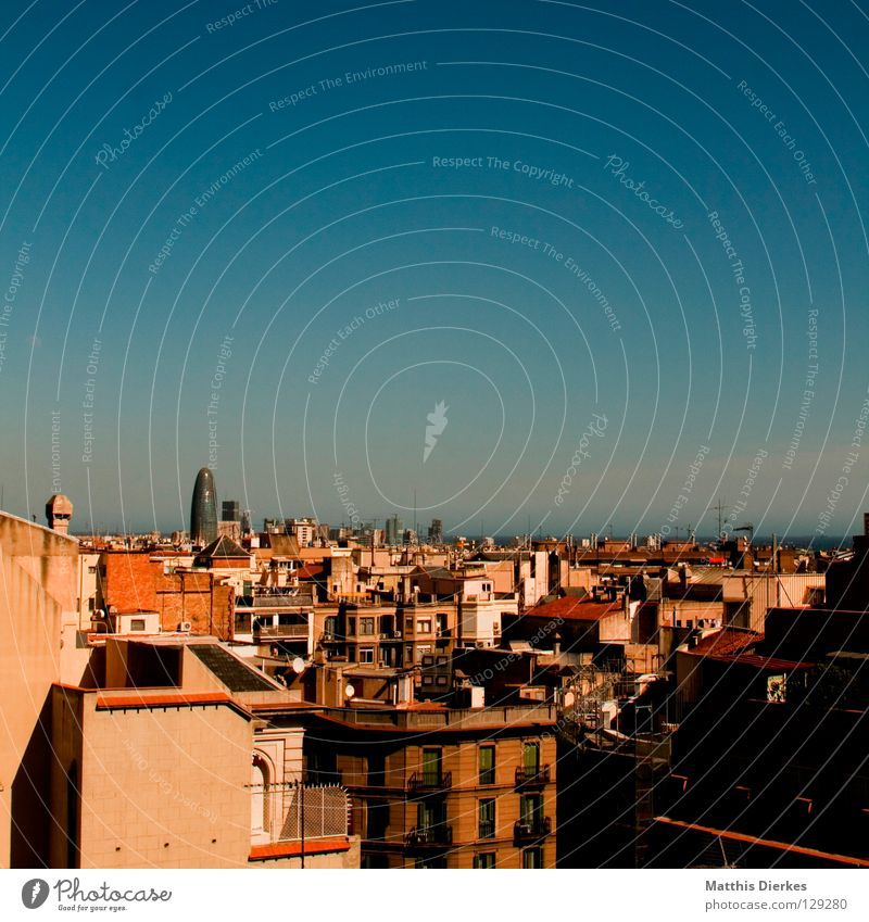 MIDDAY Barcelona Town Spain Roof House (Residential Structure) Old building Balcony Window Corner Oriel Retro Far-off places Facade Antenna Penthouse Satellite