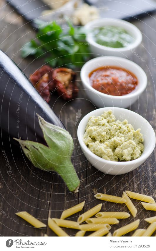 Pesto Allergy 2 Food Vegetable Herbs and spices Nutrition Lunch Organic produce Vegetarian diet Slow food Italian Food Bowl Fragrance Delicious Italien pesto