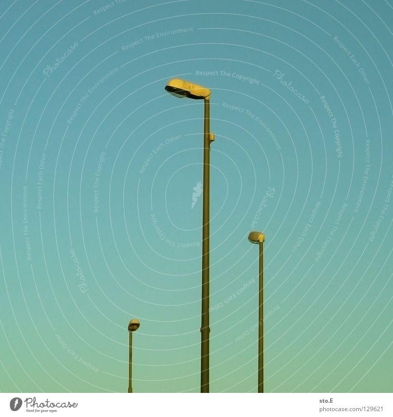 order of precedence Lantern Lamp Light Street lighting Lighting Urban traffic regulations Transport Regulation Ranking Vertical Parallel Illuminate Awareness