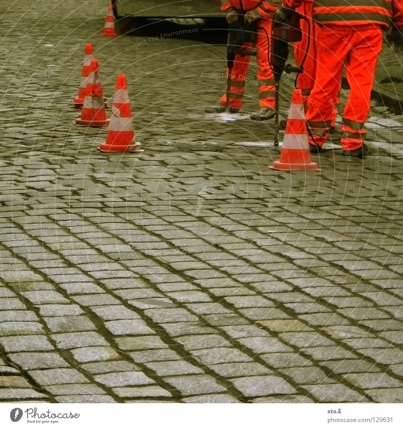 pave pavement Work and employment Road construction Hat Red White Barrier Parallel Drill Workwear Protective clothing Characteristic Collateralization