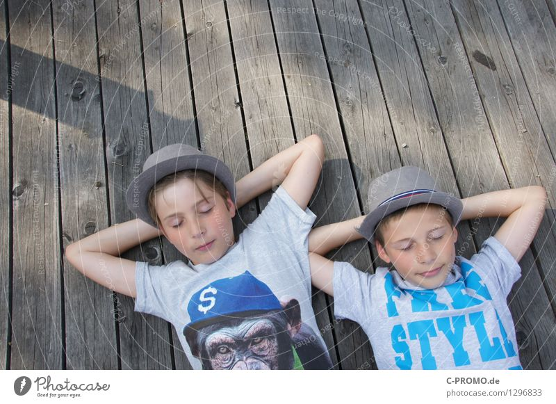 Boys chill out on wooden jetty Masculine Child Boy (child) Brother Family & Relations Friendship Infancy sleeves 2 Human being 3 - 8 years 8 - 13 years T-shirt