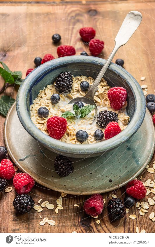 Healthy breakfast - oatmeal with milk and berries Food Dough Baked goods Nutrition Breakfast Organic produce Vegetarian diet Diet Bowl Spoon Style Design